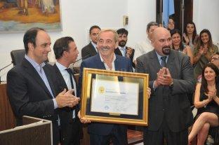 Roberto Schneider fue declarado Santafesino Ilustre