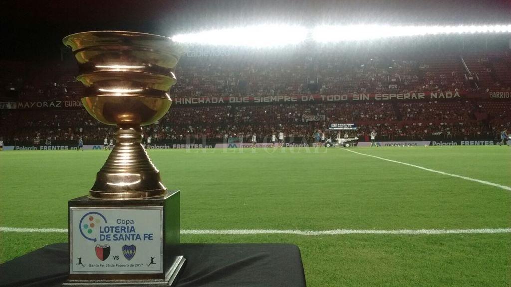 Ya juegan Colón y Boca - La Copa Lotería de Santa Fe está en juego. -
