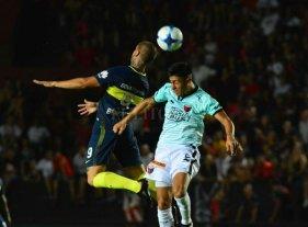 Boca derrotó a Colón por 2 a 1