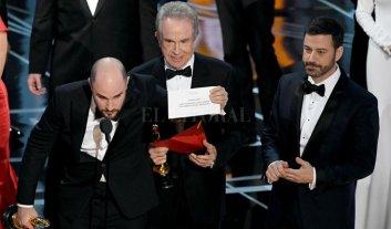 La Academia de Hollywood pide disculpas por error en los Oscar
