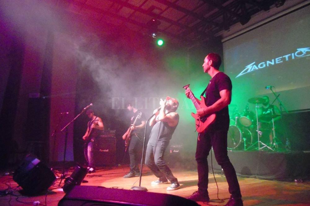 La pasión de dos hermanos por la agrupación californiana se convirtió en un proyecto musical. <strong>Foto:</strong> Gentileza producción