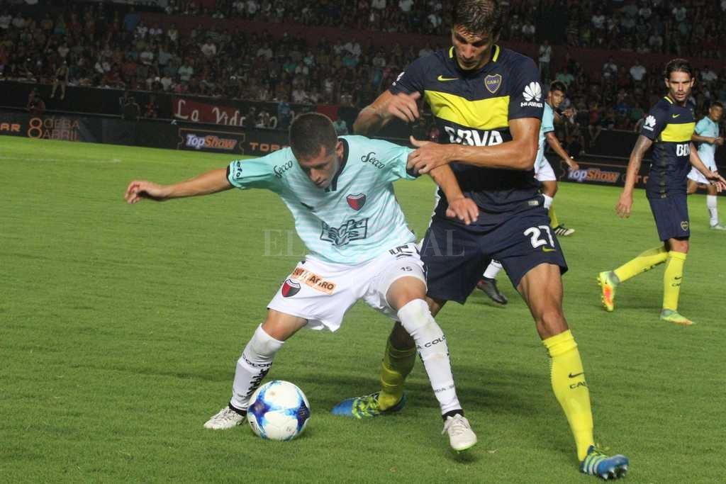 Nicolás Silva fue el jugador que Domínguez eligió para la práctica de esta mañana. ¿Será un ensayo para darle más poder ofensivo al equipo pensando en el futuro partido con Olimpo? <strong>Foto:</strong> Amancio Alem