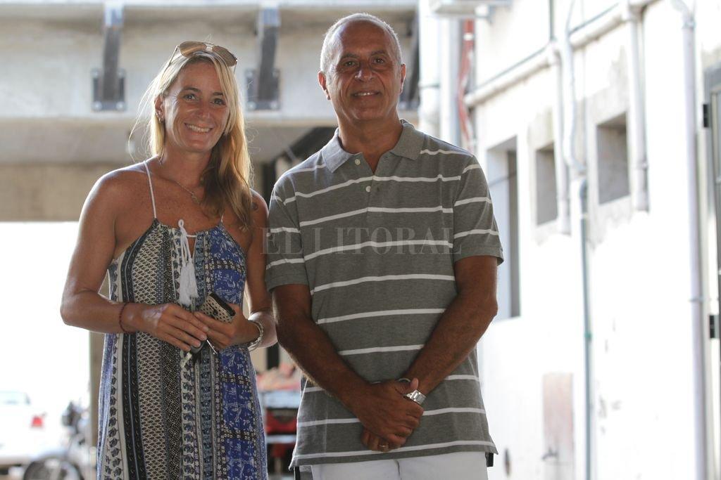 Mariana Berardo y Fernando Oliveros en la visita que realizaron a nuestra casa. Son los principales dirigentes de la Unión Santafesina de Corredores. <strong>Foto:</strong> Mauricio Garín