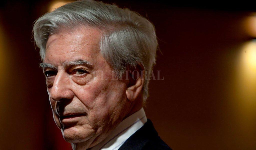 El escritor peruano, Mario Vargas Llosa <strong>Foto:</strong> Archivo.