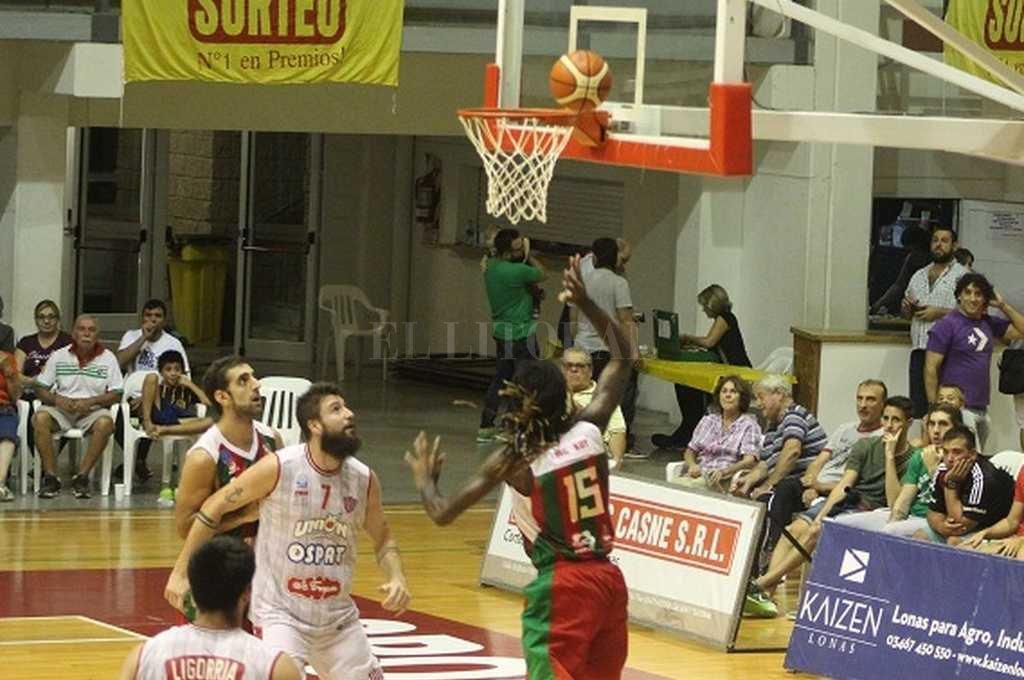 Con mucho esfuerzo, Unión pudo sortear a Sportivo Las Parejas. Crédito: Gentileza Prensa Sportivo Las Parejas