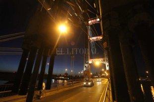 Detenidos por robarle a un cuidacoches en el Puente Colgante