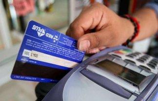 Crecen las compras con tarjeta de débito