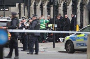 Un muerto y varios heridos en un atentado en Londres