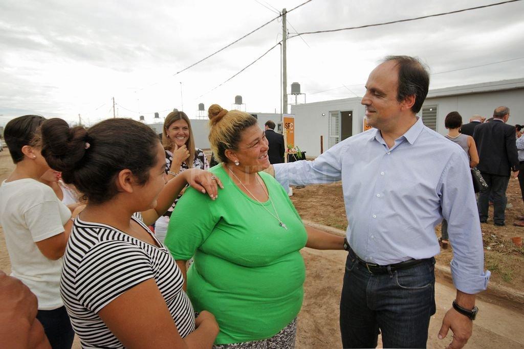 Las viviendas se construyen con financiamiento nacional en base a un proyecto del Municipio. En total, en Nueva Esperanza Este, se harán 60 unidades.  Crédito: Gentileza Municipalidad de Santa Fe