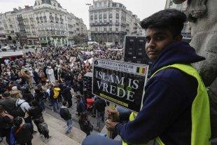Bélgica recuerda y frustra otro atentado