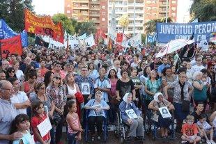 """Una Plaza repleta reafirmó el mensaje: """"Nunca más"""""""
