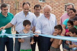 La provincia inauguró obras de desagües y pavimentación en Alto Verde
