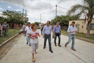 """Corral: """"Estamos realizando un plan de obras histórico para los barrios"""""""