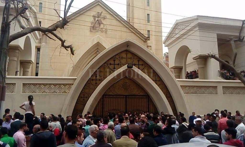 México condena atentados a iglesias cristianas en Egipto