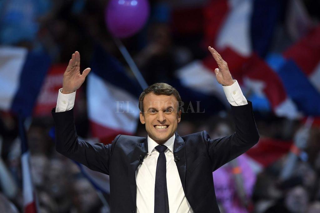 ¡Elecciones presidenciales francesas! Encuestas auguran final de 'Foto finish'
