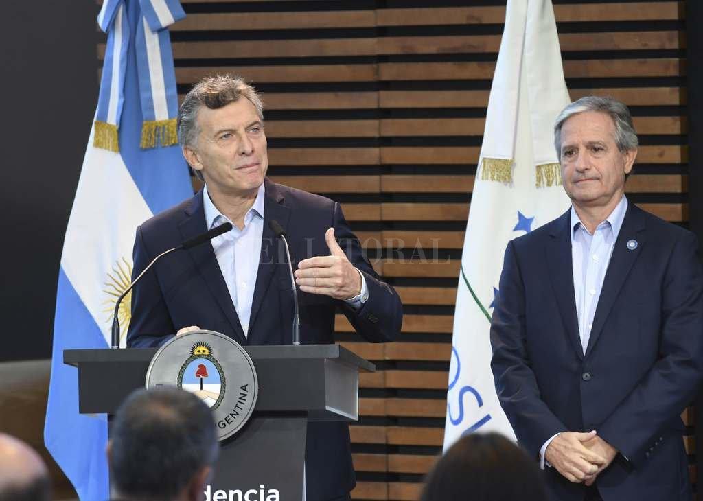 Macri y una insólita broma sobre pornografía en un centro de jubilados
