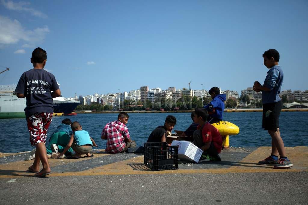 Ochenta migrantes desaparecidos en el Mediterráneo tras naufragio