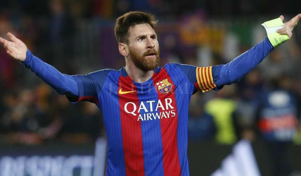 Lionel Messi mostró su notable museo de camisetas