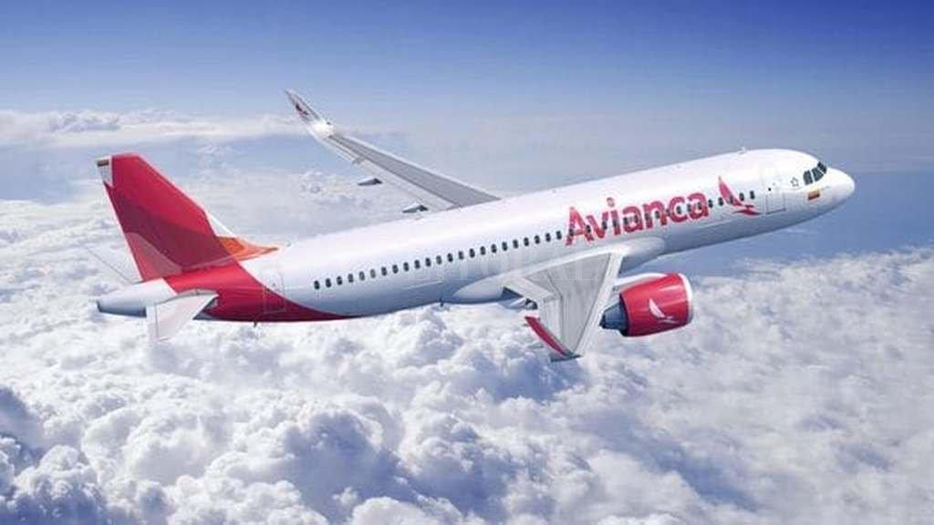 El Gobierno entregó 16 rutas aéreas a Avianca