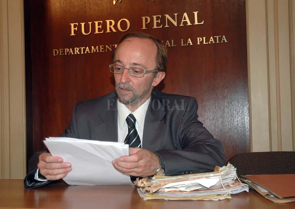 Nueva amenaza al fiscal Cartasegna: balearon su casa
