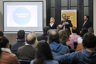 Presentaron Tecnópolis Federal ante instituciones de la ciudad