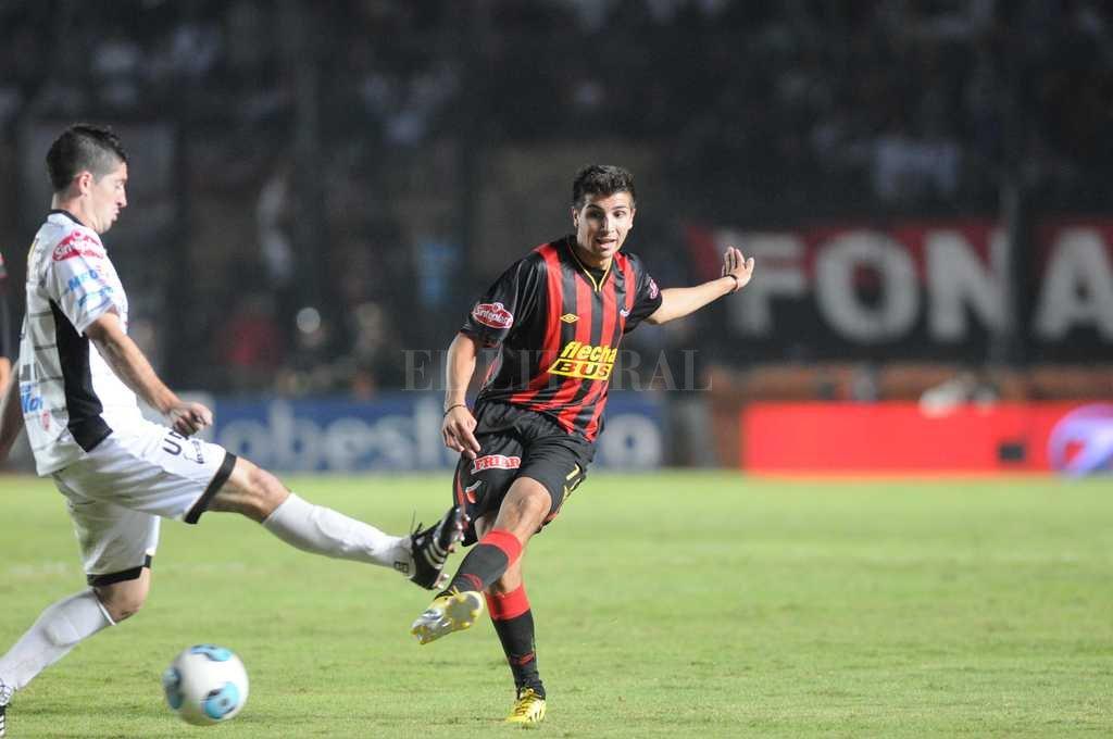Ficha a volante argentino que pasó por Flamengo — Everton se arma