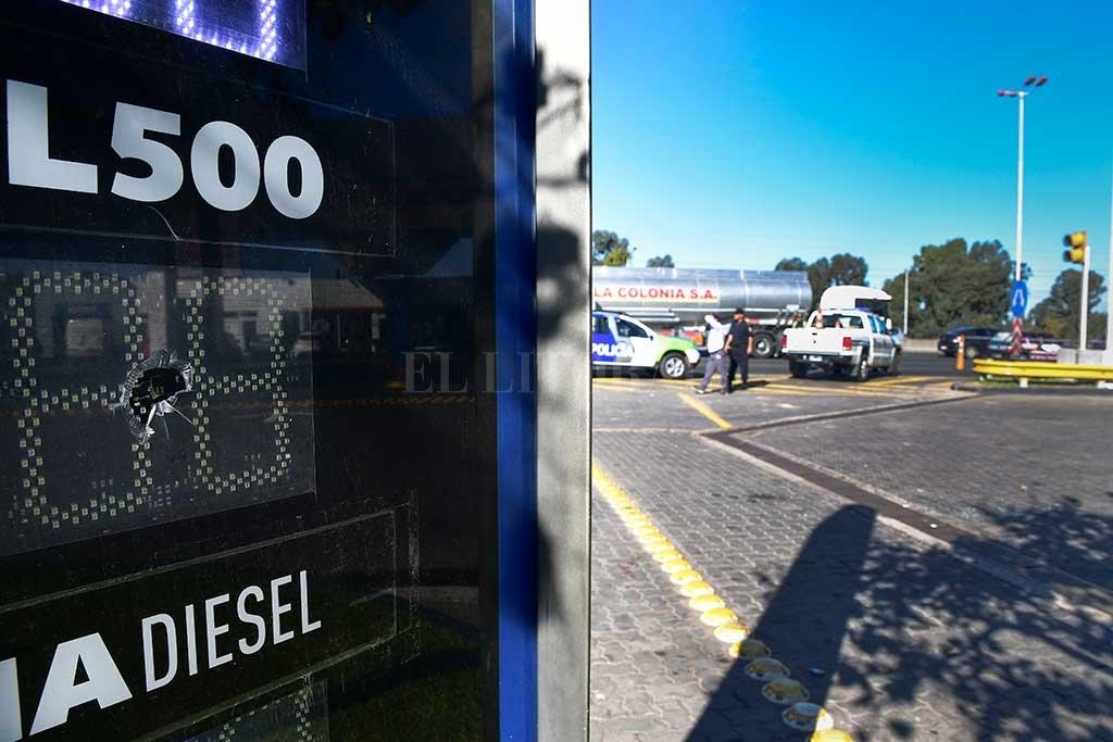 Piratas del asfalto hirieron de siete balazos a una policía