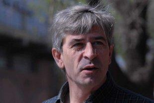 """Votó Hugo Marcucci: """"Hoy es un día clave para el país, podemos marcar un antes y un después"""""""