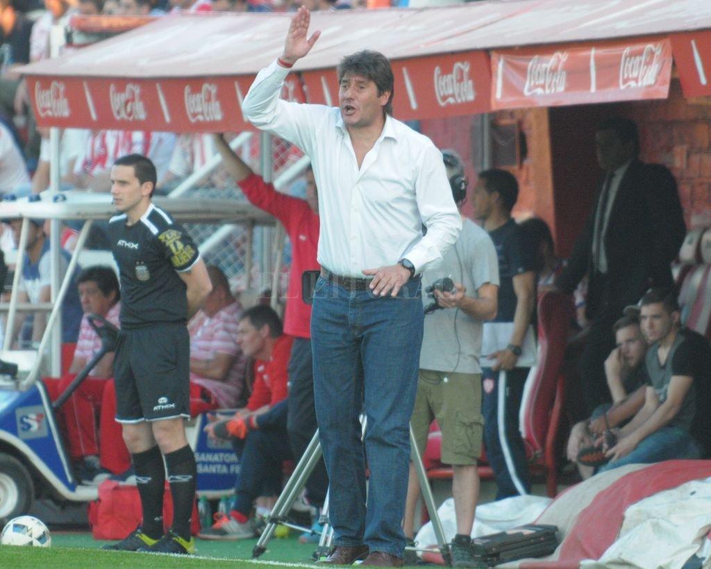 Sarmiento esquivó el descenso con una victoria frente a Defensa