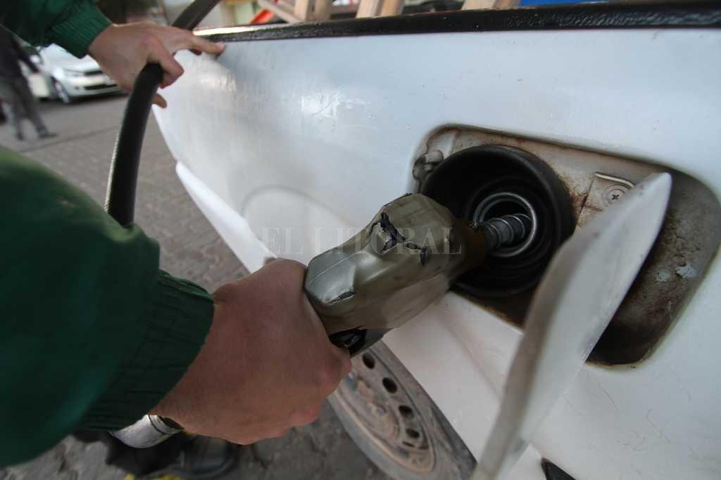 Los combustibles aumentarían un 3 por ciento desde julio