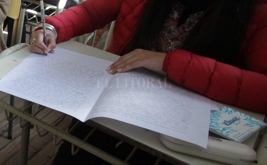 Dos maestros copiaron en un examen para acceder a cargos de directivos