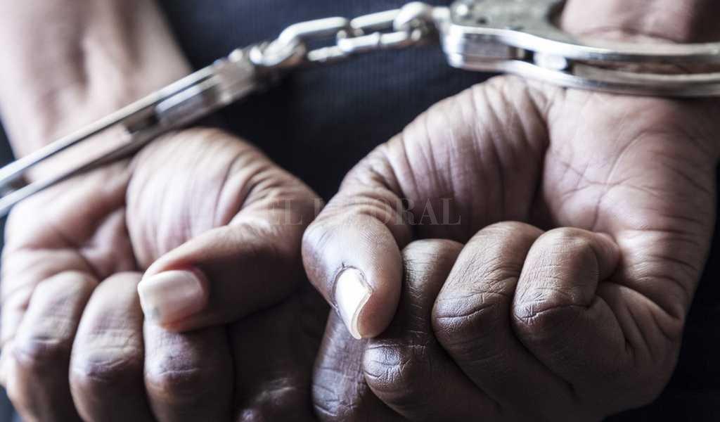 Tras cumplimentar los trámites, el sujeto quedó detenido a disposición de la fiscalía de Homicidios. Crédito: Archivo El Litoral
