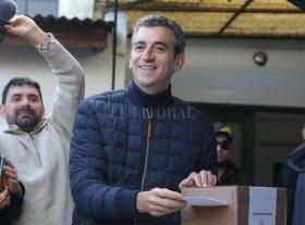 """Votó Randazzo y expresó que hubiese """"querido"""" que hoy sufragara Santiago Maldonado"""