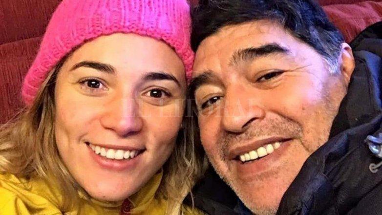 Reconciliación con cena romántica — Maradona y Oliva