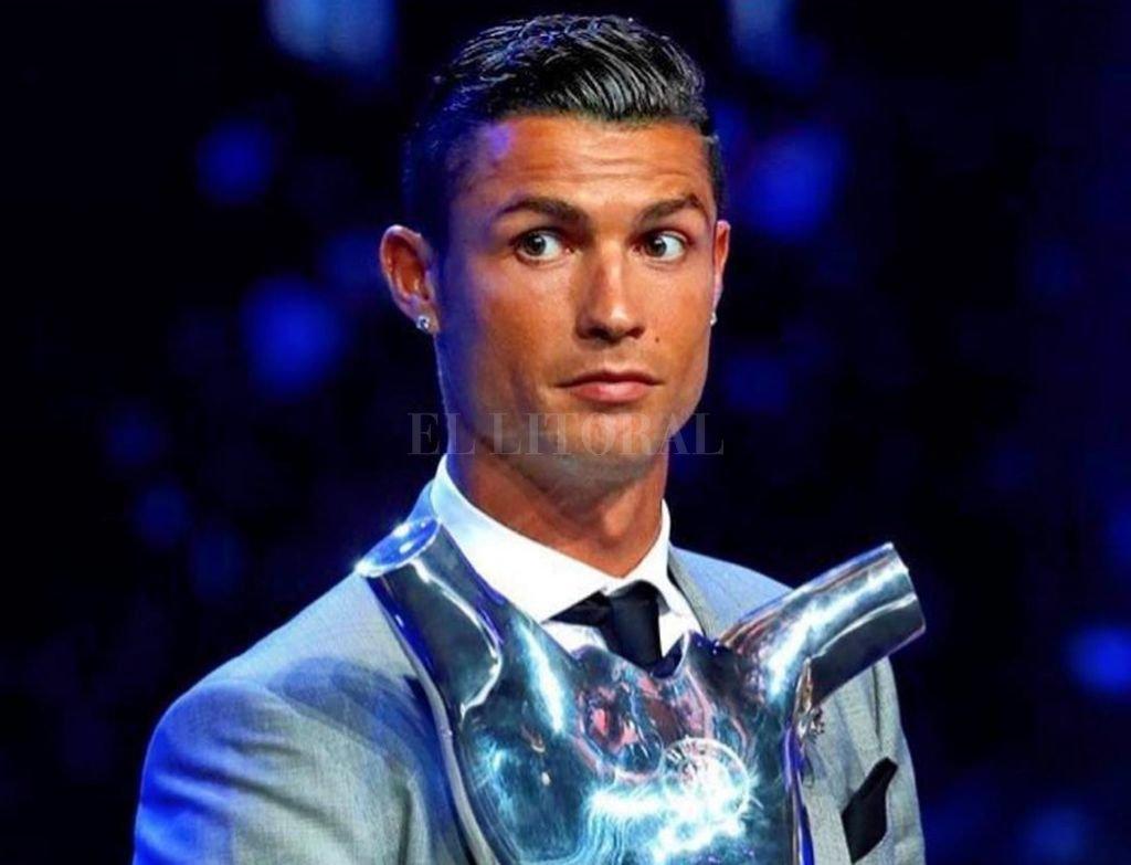 Difunden foto íntima de novia de Cristiano Ronaldo