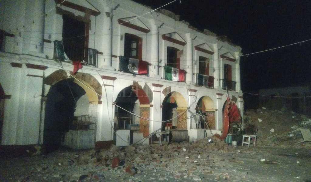 Elevan cifra de muertos tras potente sismo en México
