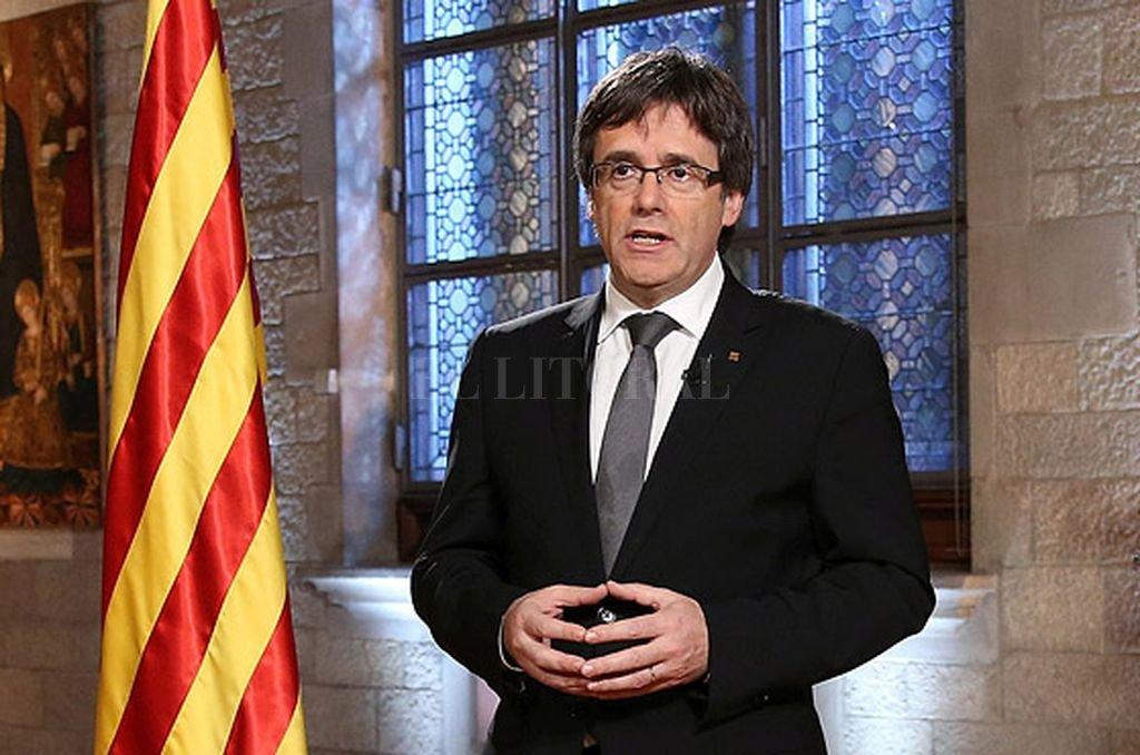 Pide Rajoy que Cataluña renuncie a su independencia para 'evitar males mayores'