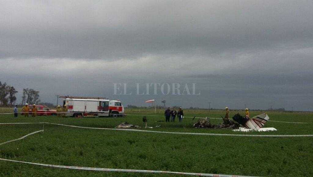 Avioneta se estrelló y dejó sin electricidad a una población — Tragedia