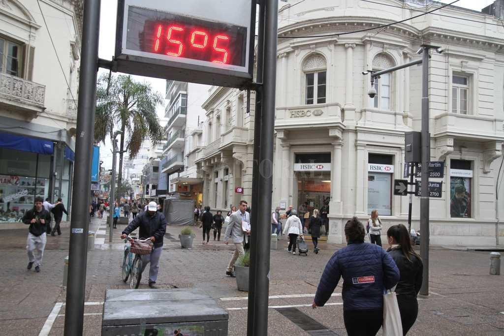 Viernes frío en la ciudad, pero el fin de semana mejora