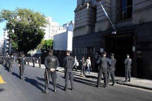 El cuerpo hallado en el río Chubut ya está en la morgue judicial