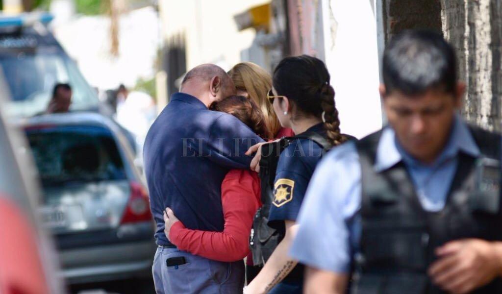 Barrio Acindar: asesinaron a una mujer y su beba de 2 años