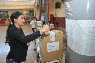 """De las Paso a la general: """"subibaja"""" electoral y una dispersión de votos"""