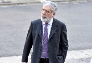 La fiscalía pidió una mayor pena para Julio De Vido - Julio De Vido -