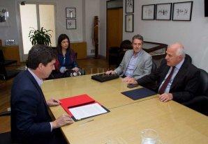 Acuerdo con Nación para obras hídricas