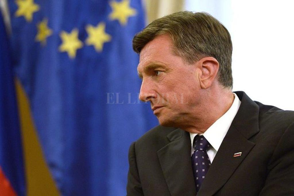 Pahor lidera segunda vuelta en elecciones
