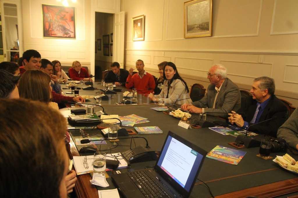 Una de las ediciones de Nuevos Dirigentes en la Bolsa de Comercio <strong>Foto:</strong> Pablo Aguirre