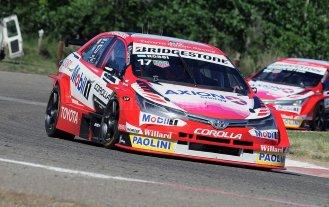 Matías Rossi ganó la carrera clasificatoria del STC2000 en General Roca