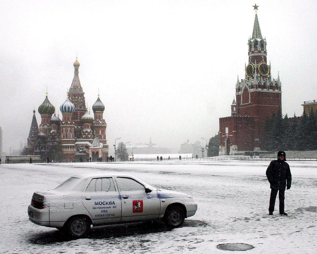 El mítico y tradicional Kremlin, lugar en el que se llevará a cabo el sorteo de este viernes en Moscú. Se prevee una bajísima temperatura para ese día. <strong>Foto:</strong> Archivo El Litoral