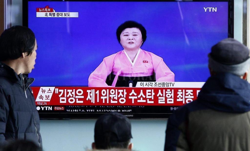 La mujer lleva 40 años en la televisión de Corea del Norte. <strong>Foto:</strong> Internet