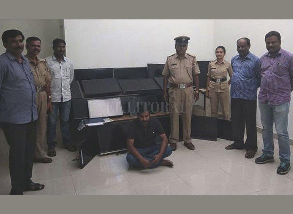 El hombre tenía una colección de televisores. Crédito: Gentileza BBC - Policía de Bangalore
